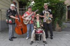 Bernd Bauer Blues Band, von links: Albrecht Widmann am Bass, Bernd Bauer Gitarre und Gesang, Sigrun Lenk Schlagzeug, Heiko Reißmann Blues Harp, Percussion